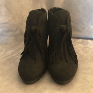 Dr. Scholl's Shoes - NWT Dr. Scholls black wedge shooties. Size 7.